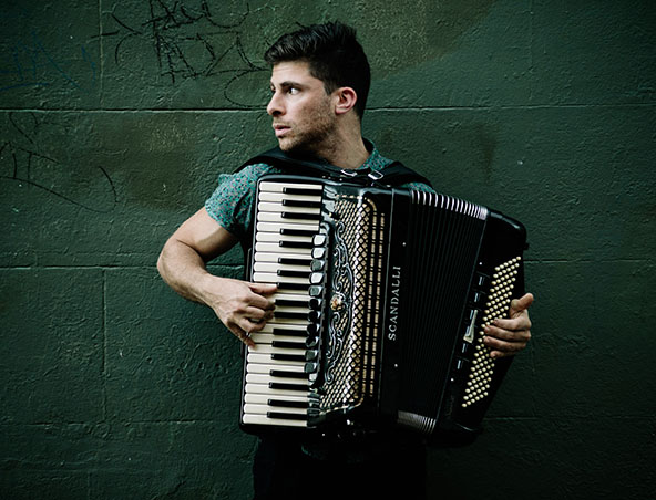 SYDNEY PIANO ACCORDION PLAYER E