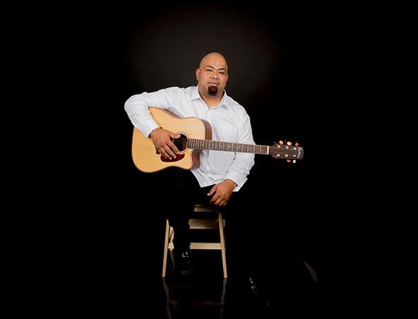 CJ Soloist Singer Sydney - Music Bands - Entertainers