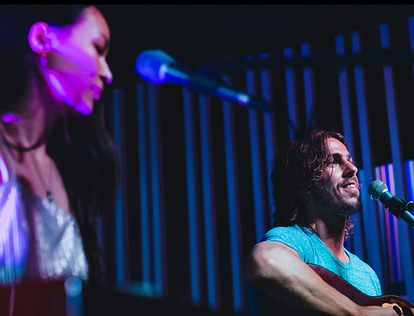 Ebany and Ben Music Duo - Brisbane Bands - Singers