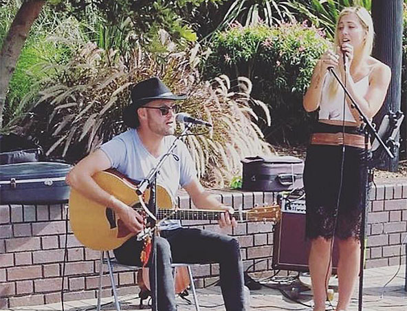 Good Vibes Acoustic Duo Sydney - Musicians Singers