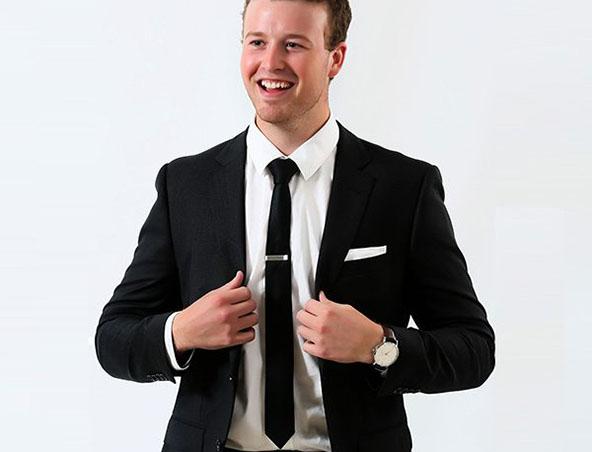 Melbourne Wedding DJ - Andrew