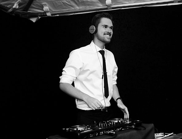 Melbourne Wedding DJ - Josiah