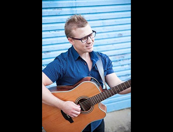 Solo Acoustic Singer Musician Brisbane Anthony