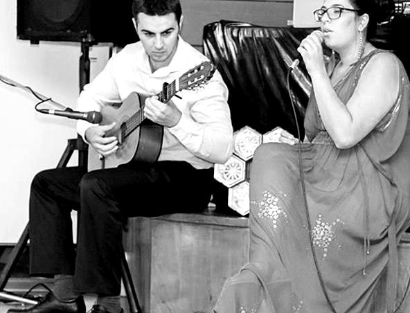 Justine Acoustic Soloist Sydney - Musicians - Singers Entertainers