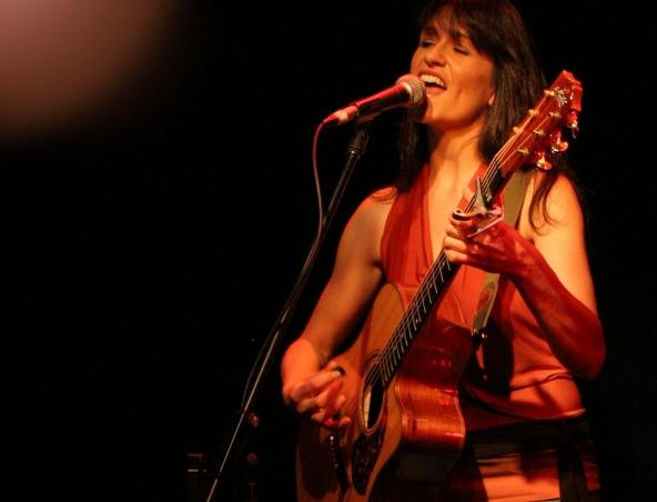 Acoustic Soloist Singer Sydney - Jo - Musicians
