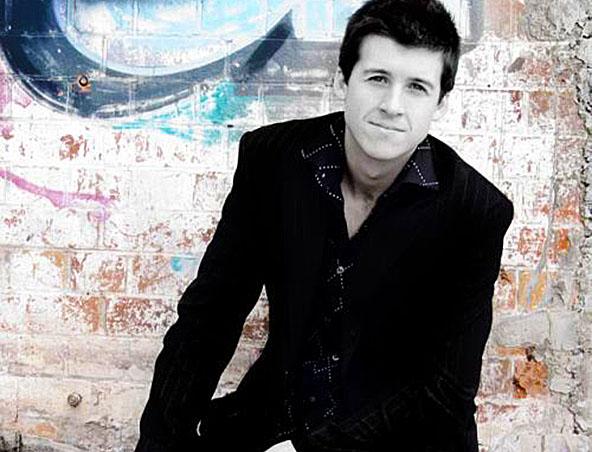 John solo singer musician DJ Brisbane - Wedding Music