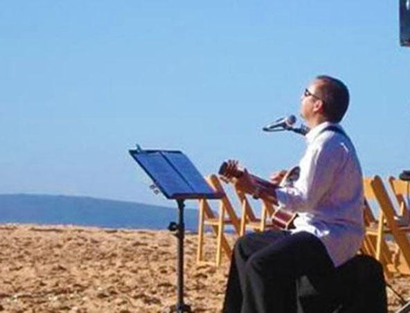 Jonathan Acoustic Soloist Sydney - Singers Musicians - Wedding Music