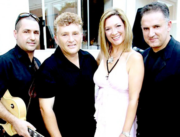 Lounge Sweet Adelaide Cover Band - Music Trio - Wedding Singers