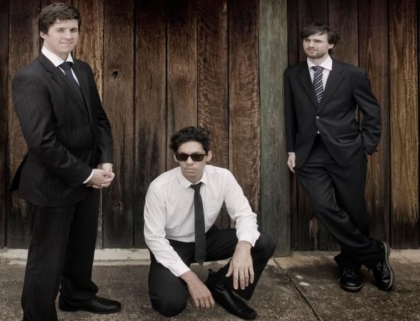 Martini Swing Cover Band Brisbane - Jazz Bands - Singer Musician