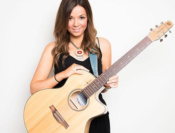 Acoustic Singer Melbourne - Sarah - Wedding Singer