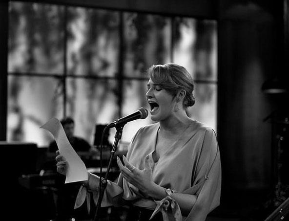 Melbourne Singer Berni - Wedding Singers Melbourne