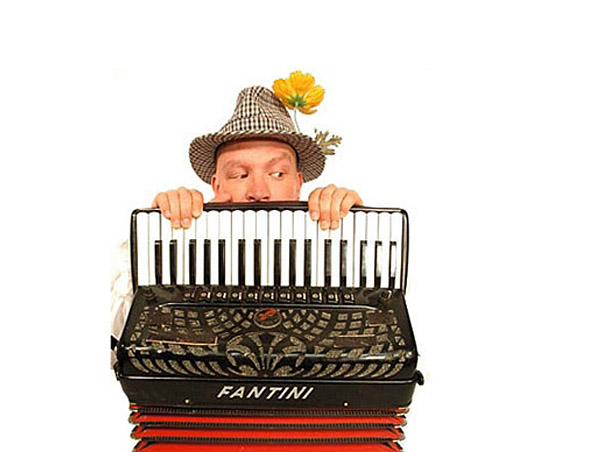 SYDNEY PIANO ACCORDION PLAYER A