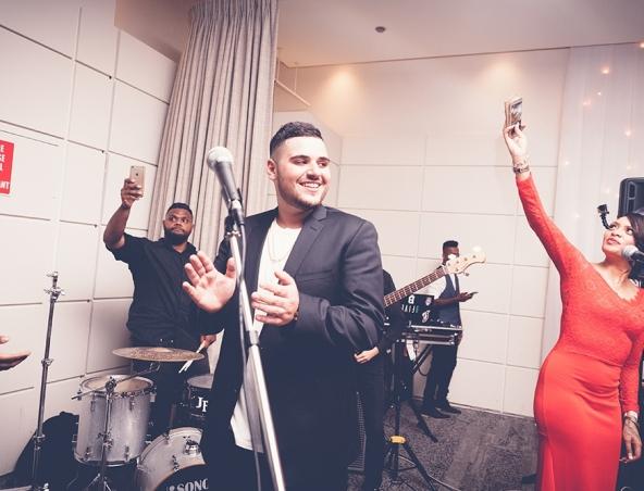 Superdelic Cover Band Sydney - Musicians Singers