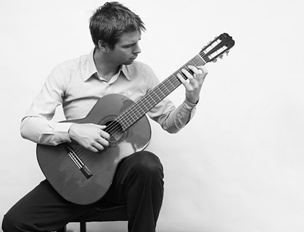 Sydney Classical Guitarist - Instrumental Guitar Player for Wedding Sydney Classical Guitarist for W