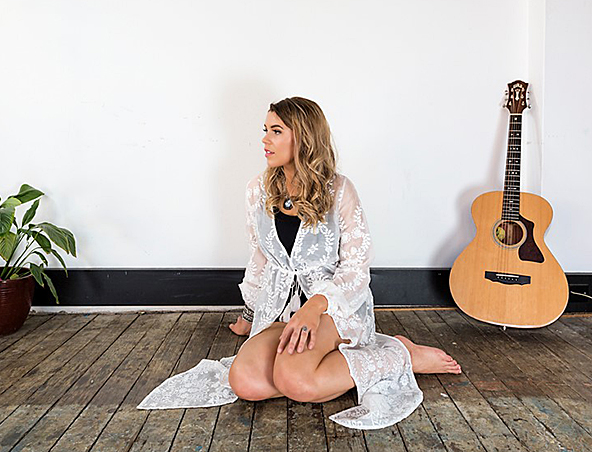Sydney Singer Georgia - Acoustic Soloist - Wedding Musicians Hire